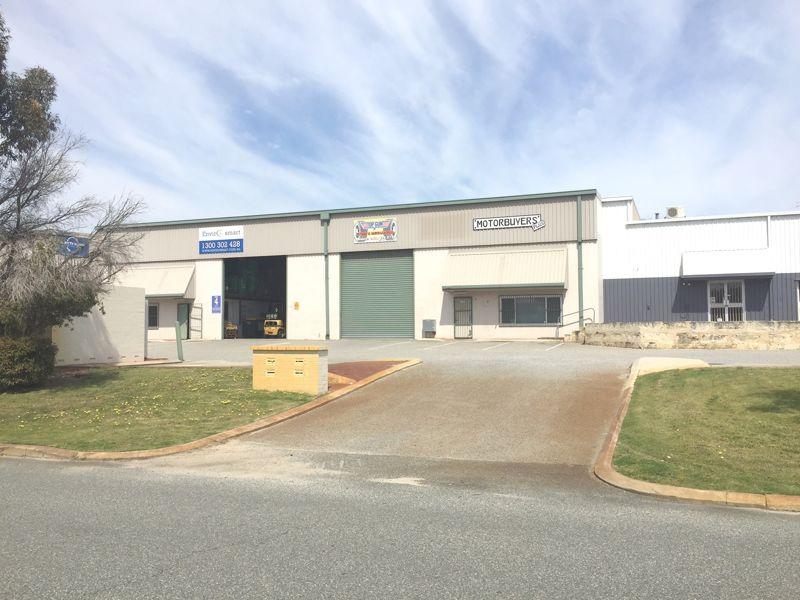 Tilt panel warehouse/office with yard