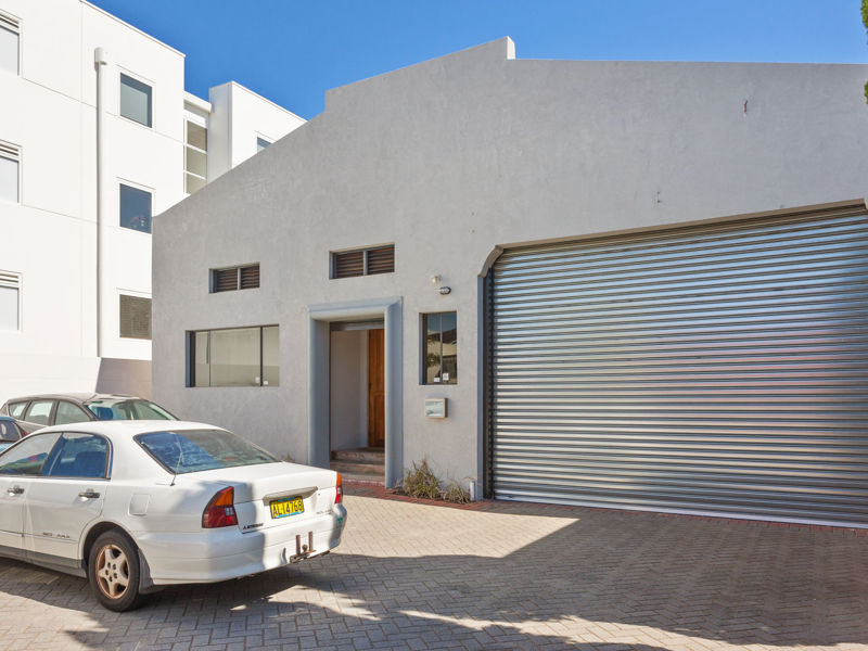 For Sale! Inner City Office& Warehouse on 607sqm Land with R100 Coding!