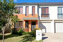 Property in Acacia Gardens - JUST LISTED