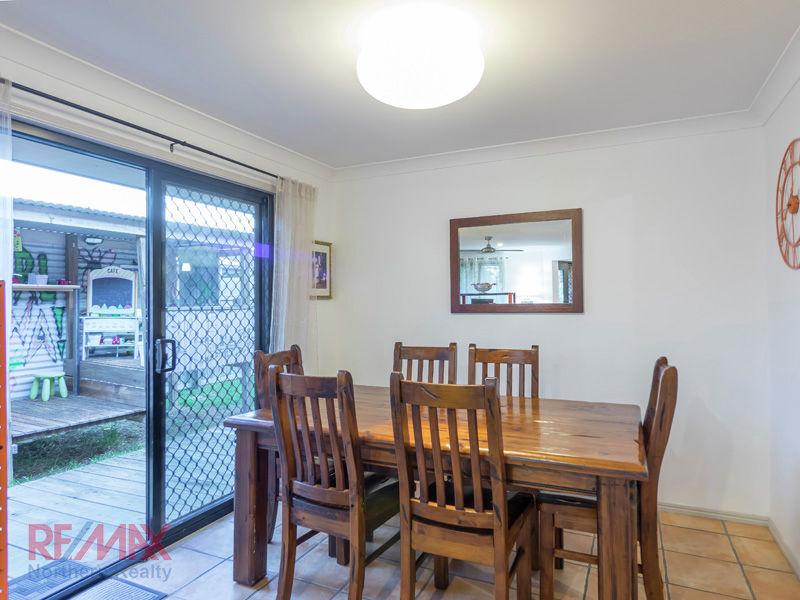8 Pine Valley Drive Joyner Queensland House for Sale - RE ...