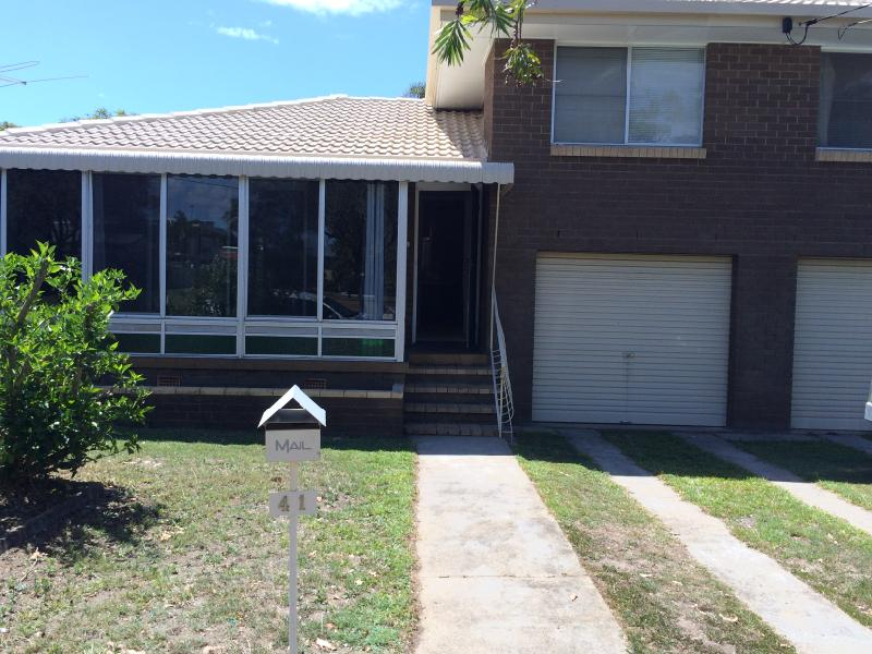 SPLIT LEVEL HOME IN A GREAT AREA IN CLONTARF!