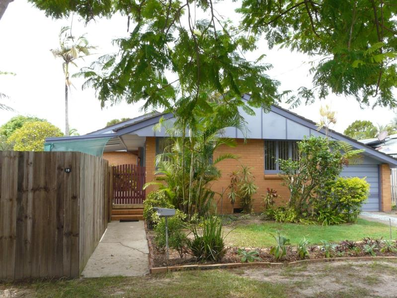 SCARBOROUGH FULLY RENOVATED 3 BED + STUDY